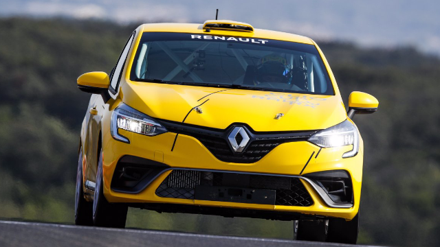 Delayed debut for New Clio Cup