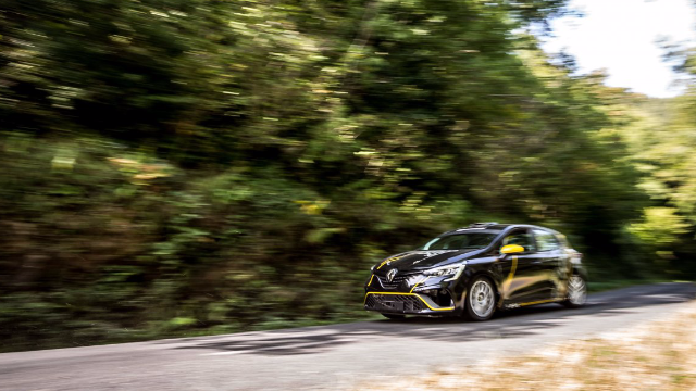 A top-drawer calendar for the Clio Trophy France